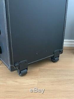 AW Wheeled Makeup Case with 6 Bulbs Lights Cosmetic Train Case Beauty Travel Box