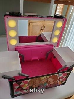 Barbie Doll pink sparkle shine lighted rolling vanity makeup train case