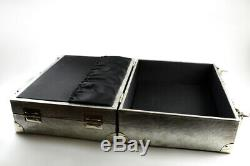 Bobbi Brown Deluxe Large Beauty Silver Cosmetic Trunk / Train Case Limited