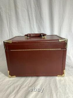 CARTIER PARIS Train Case Makeup Cosmetic Bag in Burgundy Leather Made in Italy