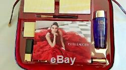 Estee Lauder Blockbuster 2018 Holiday Make Up Gift Set withTrain Case -Smoky Noir