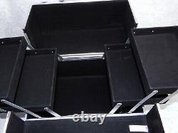 IMO imoshion USA Accessories Train Case Quilt Iridescent Cosmetic Box