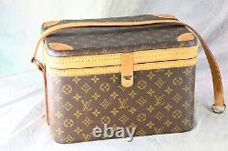 LOUIS VUITTON Train Case Makeup / Jewelry Hard Suitcase A837
