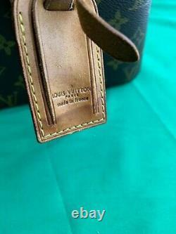 Mid-20th Century Louis Vuitton Train Case Vanity Travel Make Up Box