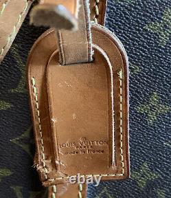 Mid-20th Century Louis Vuitton Train Case Vanity Travel Make Up Box Repair