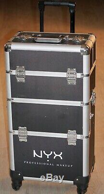 NYX Professional Makeup Train Rolling Case, Cosmetic Organizer Lockable. MINT