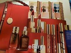 New Estee Lauder Blockbuster Holiday Make Up Gift Set withTrain Case. Cool color