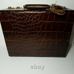 Rare Vintage Genuine Shortrip Leather Cosmetic Train Case Luggage USA