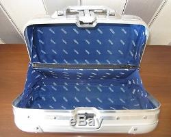 Rimowa Topas Piccolo Beauty Case Kosmetikkoffer Top