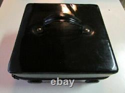 STILA BLACK PLEATHER MAKEUP PLAYER 2in1 TRAIN CASE+SPEAKER SYSTEM GENTLY USED