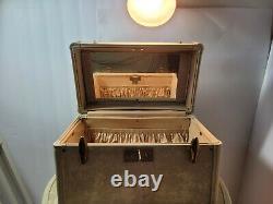 Samsonite luggage Set 1950's, 1960's Overnight Make-up Case, Oval hat Train Case