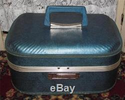 Vintage Blue JC Penny Make Up Cosmetic Case Traveling Suitcase