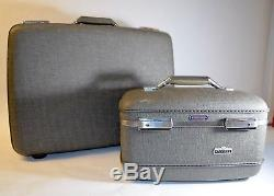 Vintage Gray American Tourister Tiara Train Cosmetic Case TriTaper Suitcase Keys