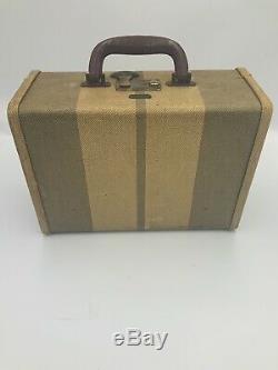 Vintage Rare Train Case Make-Up Cosmetic Case Suitcase withMirror & Keys A-034