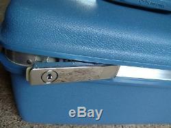 Vintage Retro 60's Samsonite Montbello II Blue Hard Makeup Train Case Luggage
