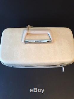 Vintage Samsonite Cream Traincase Cosmetics Case Carry On Travel Luggage Locking
