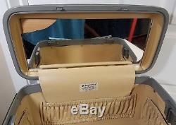 Vintage Samsonite Profile II Beauty Train Case Make Up Hardshell Grey 750412