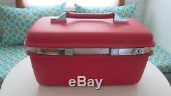 Vintage Samsonite Train Case suitcase Hot Pink Cosmetic