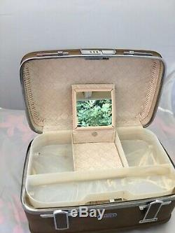 Vtg 70's ESCORT Cosmetic Makeup Train Travel Hard Case Carry On Nice Condition